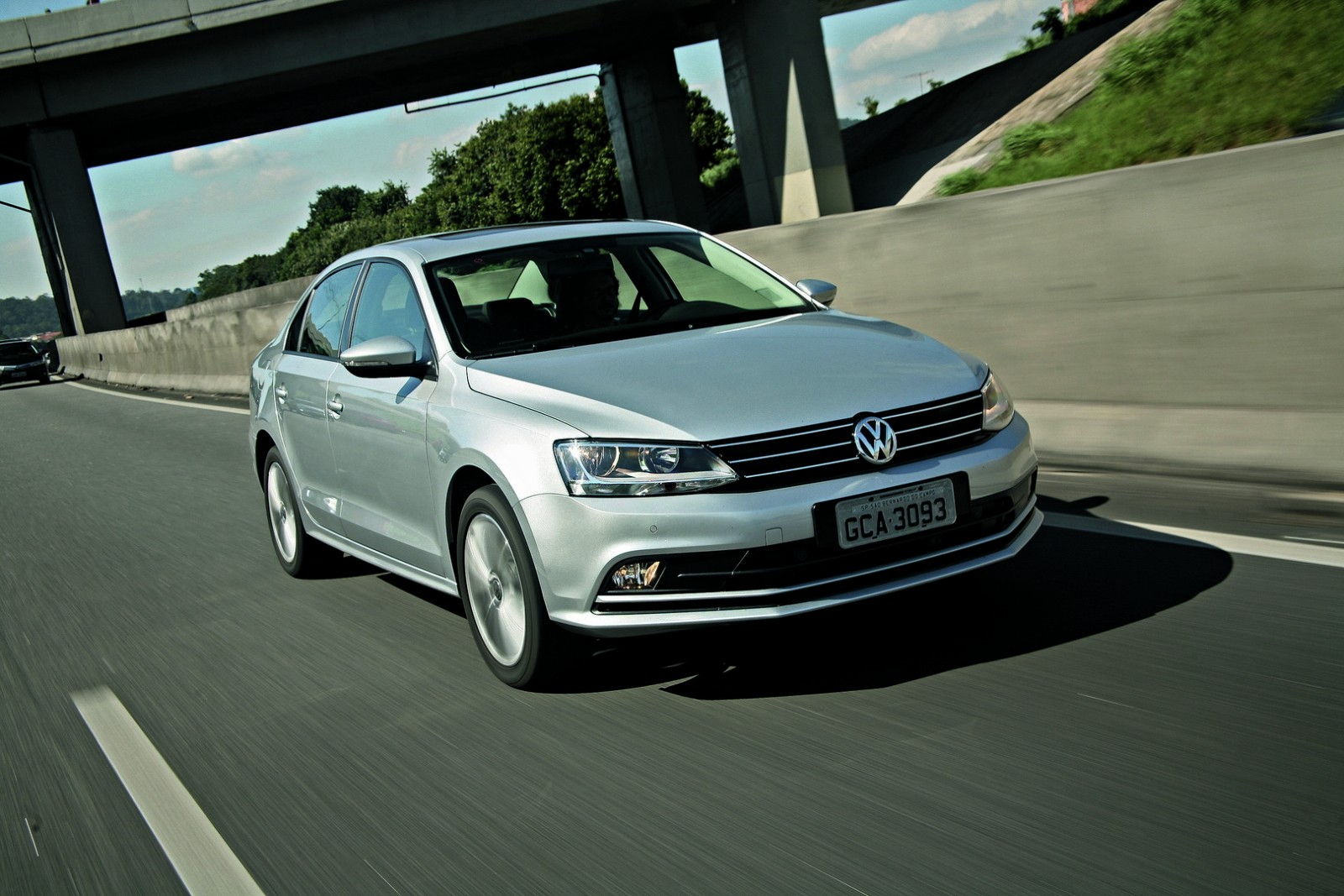 vw jetta 2016 ganha motor 1 4 turbo confira pre os e vers es motor show. Black Bedroom Furniture Sets. Home Design Ideas