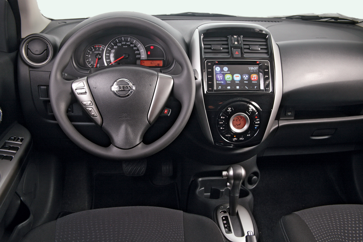 Avalia 231 227 O Como Anda O Nissan March 1 6 Sl Cvt Motor Show