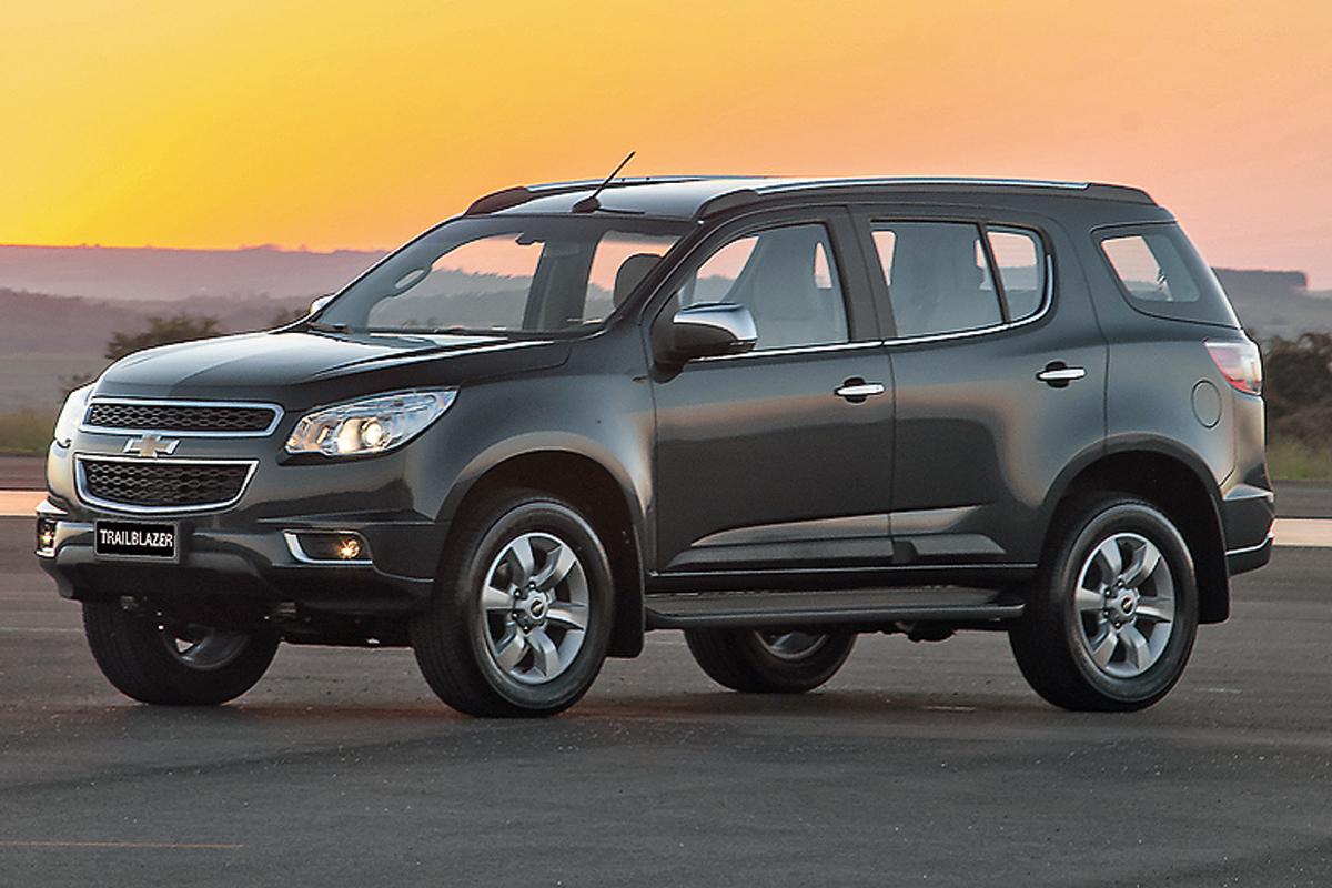 CHEV. TRAILBLAZER 2.8 – R$ 192.090 - O carro da GM é muito maior, tem motor de 200 cavalos e usa carroceria sobre chassi