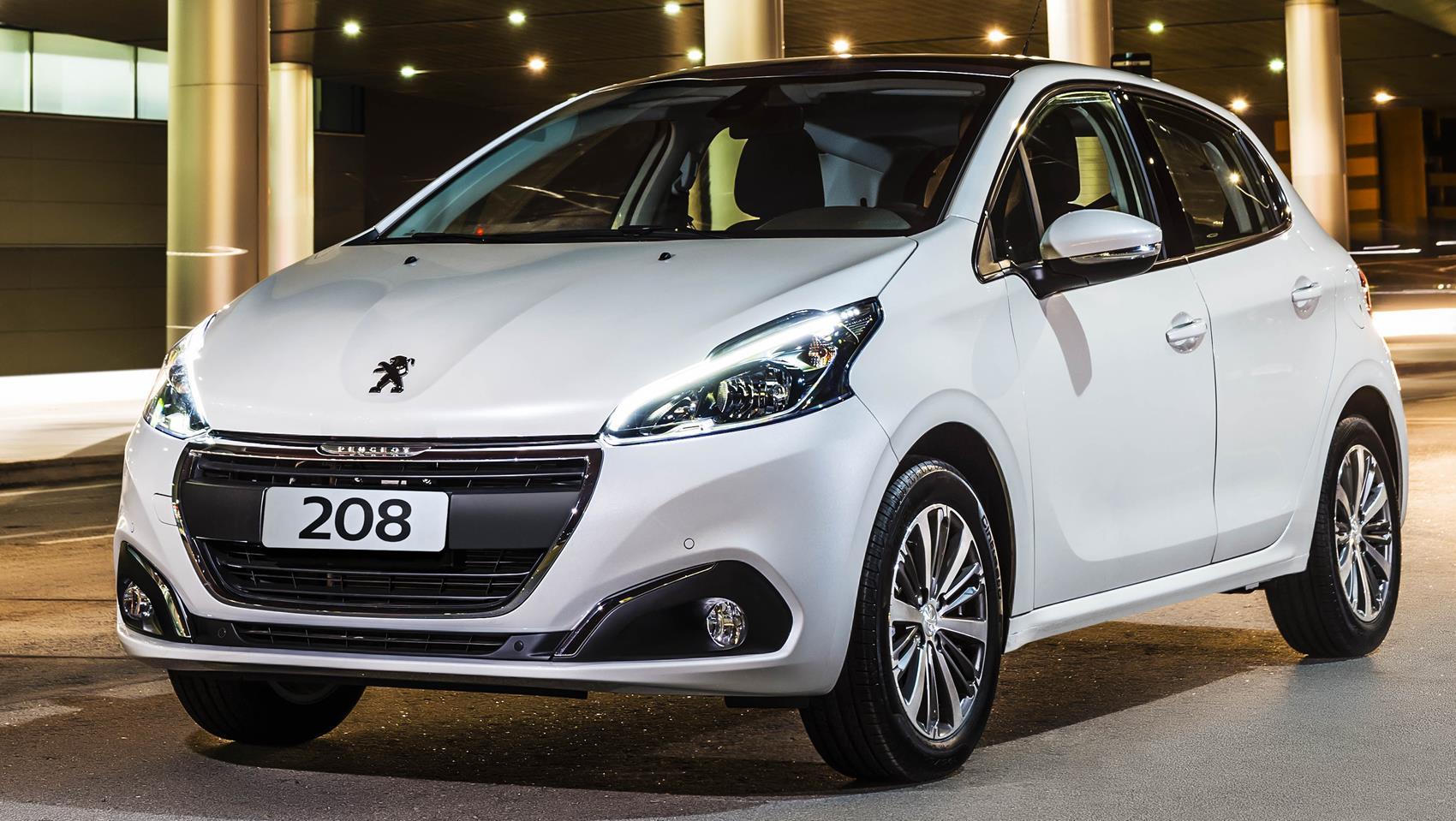 O eficiente Peugeot 208 com motor 1.2, um dos carros mais econômicos do Brasil, paga mais imposto do que um veículo 1.0 com tecnologia ultrapassada.