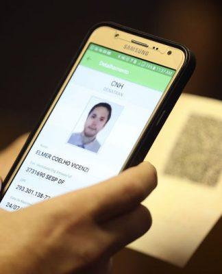 Detran.SP tem a opção de fazer o licenciamento do veículo de forma 100% digital