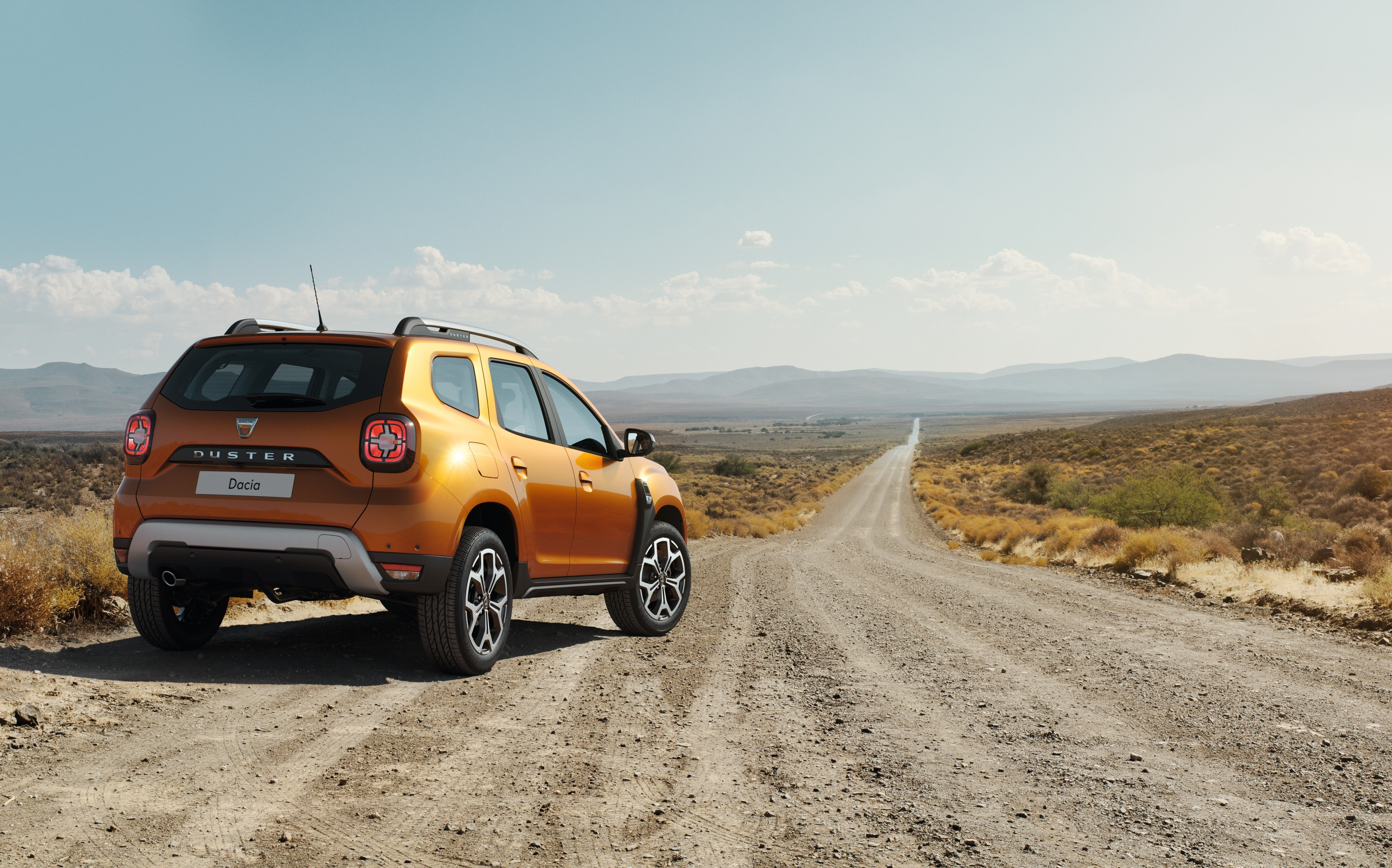 Renault revela imagens do novo Duster