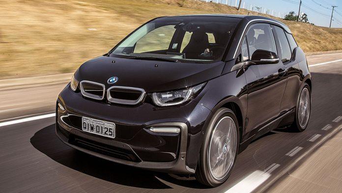 BMW i3, um dos elétricos da montadora alemã: veja mitos e verdades sobre carros elétricos