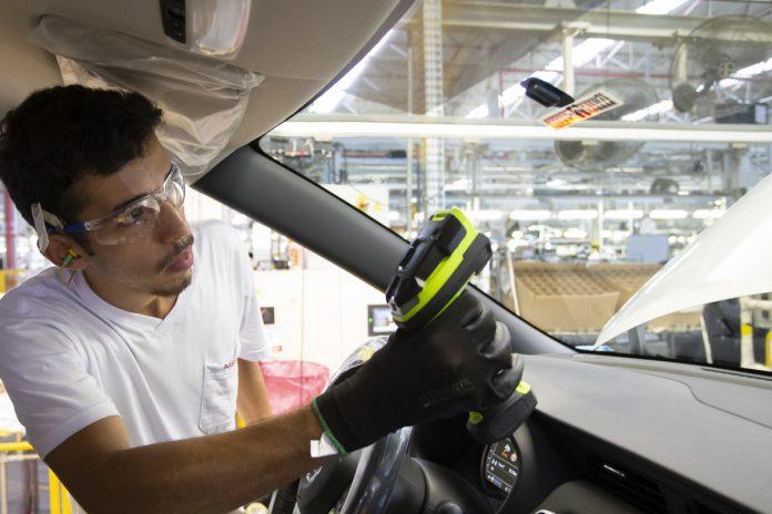 Indústria automotiva para a partir de hoje para conter o coronavírus