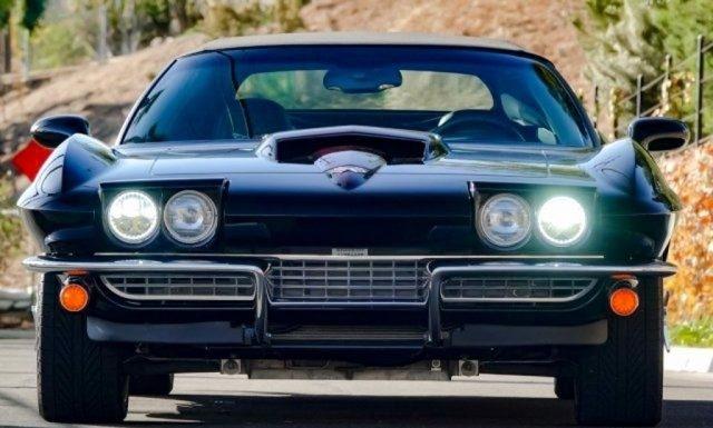 Corvette 2011 viajou no tempo e virou um C2 dos anos 1960