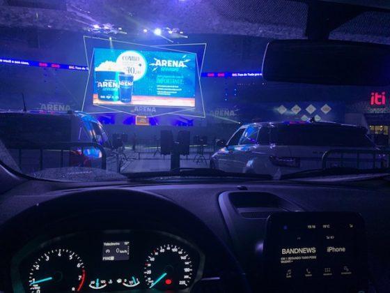 Arena Sessions: o telão do drive-in instalado no Allianz Parque, o estádio do Palmeiras. Foto: Hélio Gomes