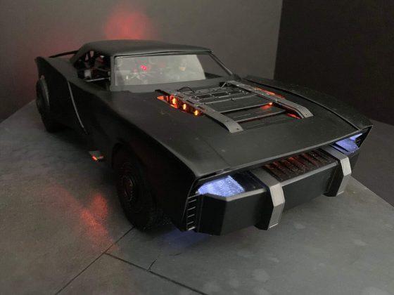 Novo trailer do filme The Batman reacendeu o debate sobre o novo carro do heróis que quebra a tradição recente