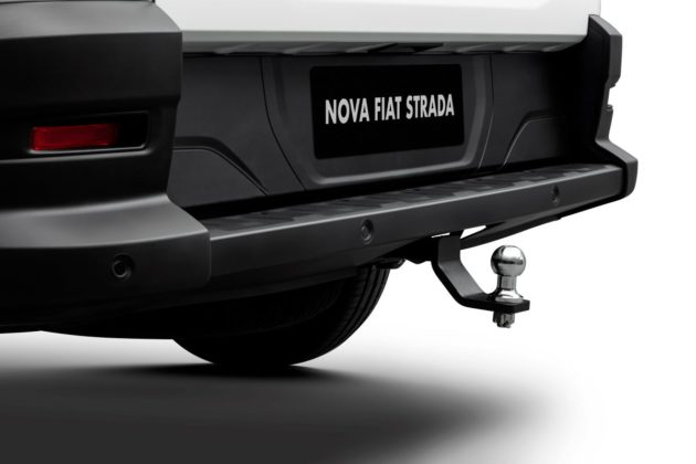 Nova Fiat Strada Mopar (14)