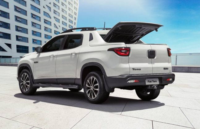 Fiat oferece desconto de mais de R$ 30 mil na picape Toro Ultra, a versão topo de linha do modelo