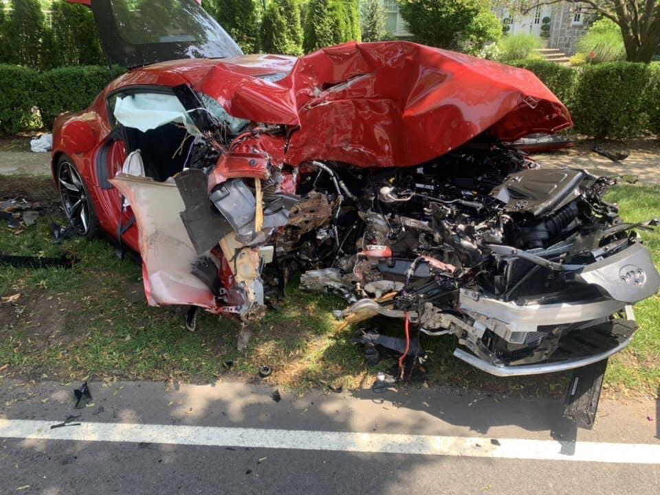 Toyota Supra acidente