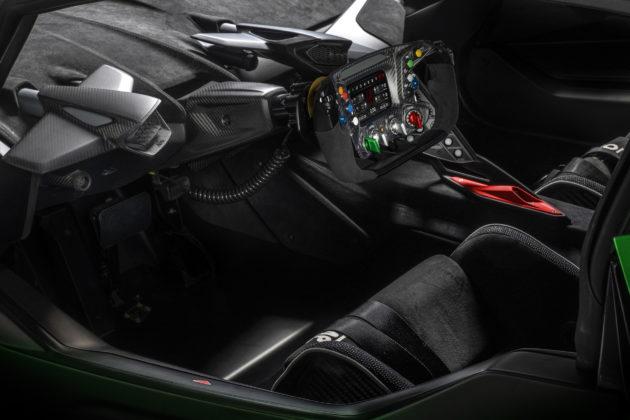 Lamborghini-Essenza-SCV12-7