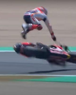Marc Márquez sofreu um grave acidente na primeira etapa da temporada 2020 da MotoGP