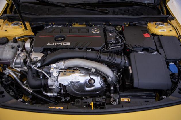Mercedes-AMG A 35 4Matic (3)