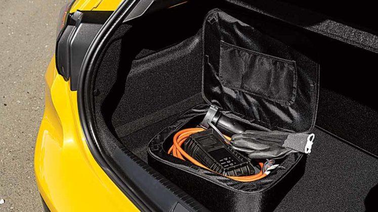 Peugeot 208 e-GT