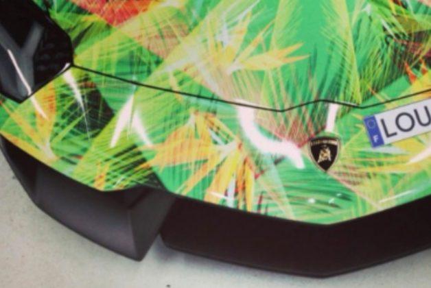 Lamborghini inspirada em tênis de LeBron é parte de sua coleção de carros