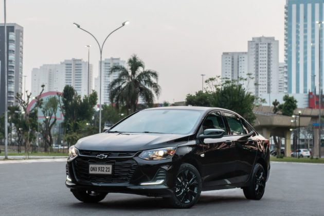 Onix Plus desbancou o Hyundai HB20 da segunda posição dos carros mais vendidos em novembro