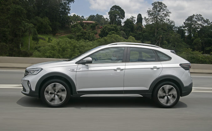 Volkswagen Nivus Highline 200TSI