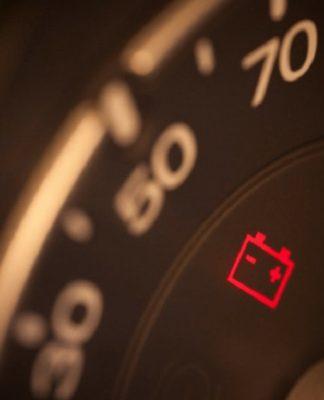 Bateria descarregada: saiba o que fazer para sair do sufoco