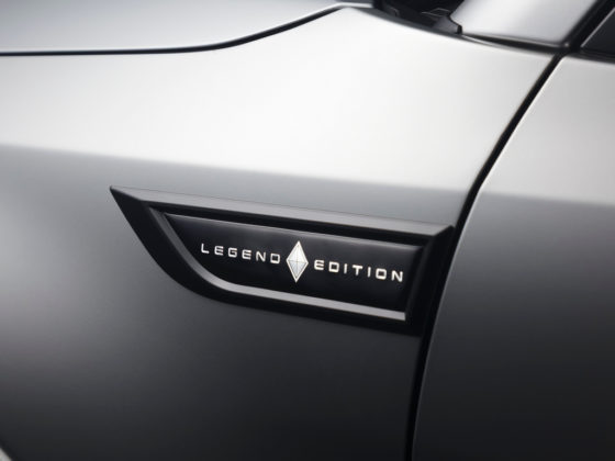 Mitsubishi Pajero Full Legend Edition