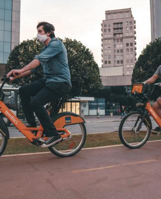 Tembici empresta bicicletas para quem vai se vacinar contra covid