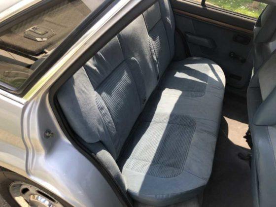 Ford Escort que foi de Lady Di é vendido pelo preço de um Mustang 0km