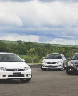 Honda Civic. Chevrolet Cruze e Toyota Corolla