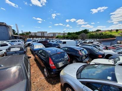 Confira 5 perguntas e respostas sobre leilão de carros apreendidos