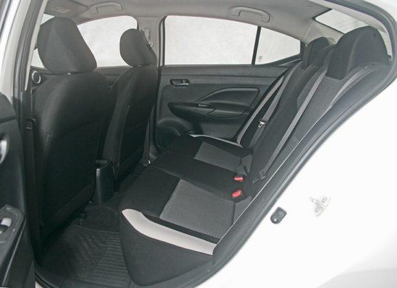 Nissan Versa Sense manual