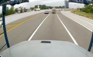 Câmera flagra explosão de caminhão-tanque em rodovia; veja o vídeo