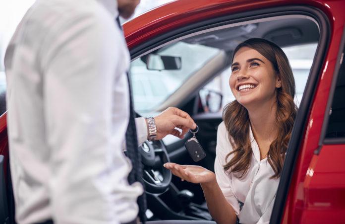 Confira 5 dicas para evitar problemas ao comprar carro pela internet