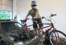 Youtubers cria Honda Civic movido a pedaladas