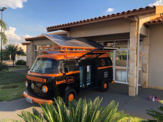 Startup transforma Volkswagen Kombi em loja autônoma