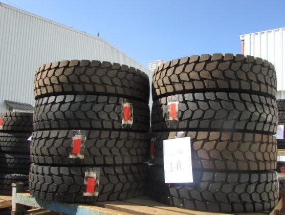 Leilão da Ford tem pneus, carretinha e equipamentos industriais
